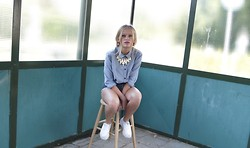 Julia Tuitel - Primark Necklace, Levi's® Levi's Shorts, Urban Outfitters Blouse, River Island Creepers - Blonde Girl
