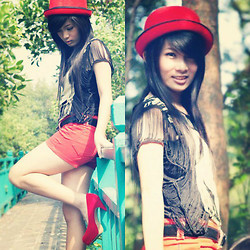 Meliani Chu - Chu Shopp Page Bowler Hat, Zara Red Short Pants, Chu Shopp Page Red Heels - Waiting for you
