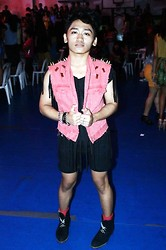 Pao Mandac - Forever 21 Diy Vest Customized With F21 Spikes, Diy Ripped Shirt, Diy Short Shorts, Thrift Shop Boots - ROCKASFUQ. ♥