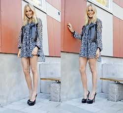 Frida Johnson - Vest, Gina Tricot Dress, Shoes - YOUNG FOLKS