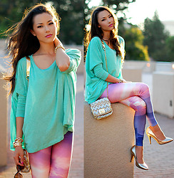 Jessica R. - Lovely Sally Laotian Dusk Leggings, Plndr Mint Loose Top, Vince Camuto Heath Heels - Laotian Dusk + Giveaway