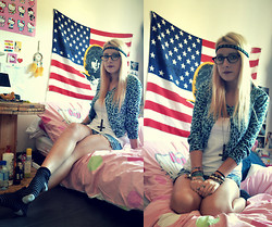 Leslie B. - H&M Blue Leopard Vest, Handmade Opposite Cross, Pimkie Headband, Diy Denim Short - Jesus doesn't want me for a sunbeam