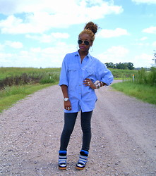 Tynette Jones - Ray Ban Sunglasses, Vintage Denim Shirt, Helmut Lang Tights, Isabel Marant Sneakers - Just wondering.