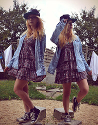 Leslie B. - Mim Floral Dress, Jennyfer Denim Shirt, Converse, Dc Snapback, Charity Shop Fish Necklace - We are young