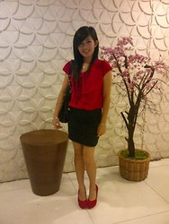 Meliani Chu - Charles And Keith Bag, Chu Shopp Page Red Pump, Chu Shopp Page Bracelet - Autumn