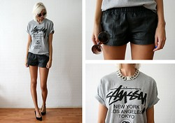 Sietske L - Nelly Necklace, Stüssy Tee, Vintage Leather Shorts, Zara Heels - Classy Stüssy