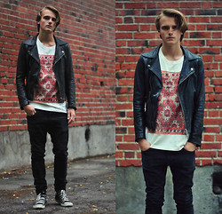 Theo Ortengren - Weekday T Shirt, Second Hand Letherjacket, Cheap Monday Jeans, Converse Shoes - She's Got You High