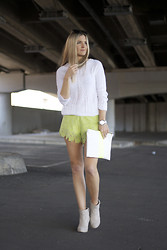 Gabby Smith - Zara Knit, This Is Geneveive Shorts - Bright White