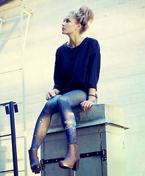 Petra Karlsson - Leggings - Space pants