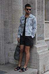 Hugo Hase - Flip Up Shades, H&M Cloudy Print Jacket, Jil Sander Silk Pleated Shorts, Cos Bag, Marni Sandals - Playtime