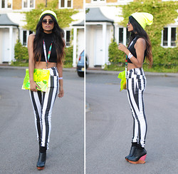 Kavita D - Ebay Neon Persex Clutch, Ebay Neon Knit Beanie, Ebay Black Polo Crop, Finsk Cut Out Wedges, Stripe Jeans, Ebay John Lennon Style Circle Sunglasses - London Fashion Week Day 1