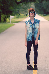 Kyle James Jammeson Prosser - Spike Collared Sleeveless Jeans Jacket, Punk Crop Top, High Waisted Jeans, Sun Glasses, Beanie, Creepers - CRIMEWAVE