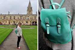 Chloe De Jonge - Primark Backpack - Time for school!