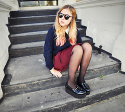 Amanda Brohman - Topshop Skirt, Office London Creepers, Vila Knitted Sweater, Sunglasses - Dip-Dye Won't Make You Smarter, trust me, I've tried.