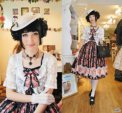 Carolina Sakuma - Le Café Crochet Gloves, Ebay Fan, Metamorphose Logo Bag, Tao Bao Hat, Tao Bao Necklace, Emsexcite Replica Bolero, Victorian Maiden Rose Bouquet Striped Dress, Trifil Floral Stockings, Fioni Shoes - 120915 condimento