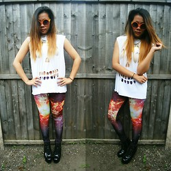 Jaszel H - Diy Skull Top, Romwe Galaxy Leggings - NEVER MAINSTREAM