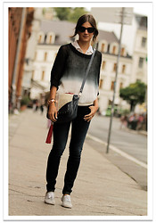 Belén @balamoda - Romwe Sweater, Laura Vela Bag, United Colors Of Benetton Jeans, H&M Sneakers - My fav sweater