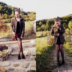 Myriam S. - Shoes, H&M Skirt - DARK RED