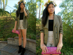 Joanna Tam - Diy Flower Crown, Zara Blazer, Windsor Laced Shorts, Purse, Nordstrom Boots, Elephant Ring - The Beginning of Autumn.
