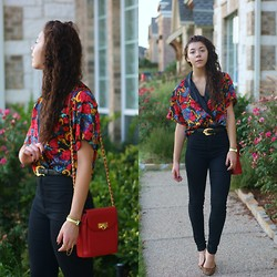Hope Bidinger - Thrifted Blouse, Vintage Belt, Gojane High Waisted Jeans, Thrifted Red Purse - 87'
