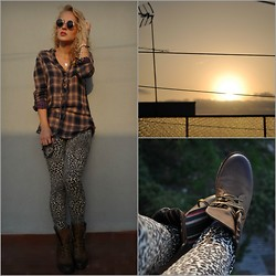 Diana Vioget - Zara Leopard Leggins, Tally Weijl Checked Shirt, Deichman Vintage Brown Boots, Vans Roung Sunglasses - 'You, your sex is on fire.'
