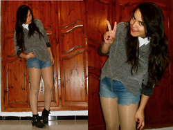 Corona Australis - Vintage Jumper, Diy Scalopped Shorts - JUMPER