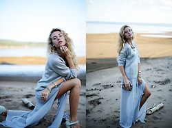 Valeriia Volkova - In Love With Fashion Dress - Grey sand