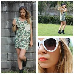 ✞ascha M... - Byron Bay Sunglasses, Byron Bay Dress, Cotton On Beanie - Mens singlet = girls dress.