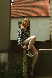Julie Marie Wlazło - Sh Shirt, Converse Shoes, H&M Stockings, Sh/Diy Shorts - I TRIED TO BE PERFECT, BUT NOTHING WAS WORTH IT