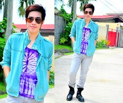 Michael John Alvarez - Penshoppe Jeans, Alex Boots, Bang Jacket, Ray Ban Sun Glass - .find light in a beautiful sea I choose to be happy.