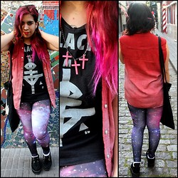Cynthia † - Complot Tshirt, Romwe Galaxy Leggins, Amen Diamonds Crosses Necklace, Vintage & Diy Jacket - Romwe Winner !