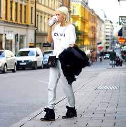 Victoria Törnegren -  - A Good Morning-Outfit