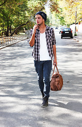 Vitto Kov - Pull & Bear Jeans, Zara Bag - It was a long long DAY