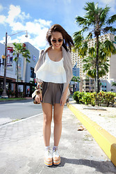 Laureen Uy - H&M Sunnies, Style Staple Top, Iora Blazer, Iora Shorts, Primadonna Shoes, Dolce & Gabbana Bag - Hello Guam