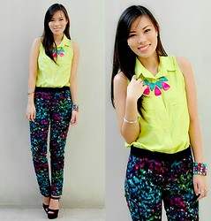 Jeanne Khe - Charlie Apple Green Top - Color Burst