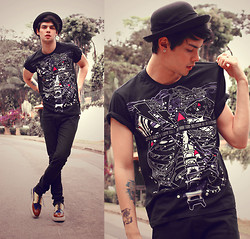 Vini Uehara - Reverb City Friendly Fires T Shirt By, Choies Leather Retro Heavy Bottomed - In The Flowers