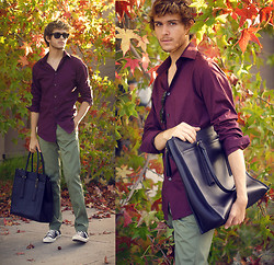 Adam Gallagher - Levi's® Sta Prest Levis In Olive, Coach Bag - Levi's stride 2