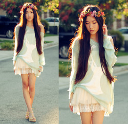 Jennifer Wang - Diy Floral Headdress, Romwe Mint Deer Sweater, Vintage Lace Skirt - GARMINT