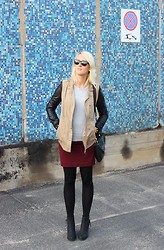 Marta Chałupka - New Yorker Boots, H&M Skirt, Drole De Compine Jacket, Ray Ban Sunglasses, F&F Sweater - It's always a good time