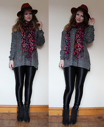 Heather Louise - Dorothy Perkins Hat, Primark Scarf, Primark Jumper, American Apparel Disco Pants, Topshop Boots - Welcome to Autumn