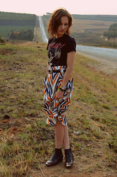 Poppy Lee Jones - Vancouver Cry Baby Shirt, Thrifted Flower Belt, Sugarlips 70s Midi Skirt, Topshop Cowboy Boots -  on a dark desert highway, cool wind in my hair