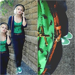 Diana Vioget - H&M Divided Cats Dress, Brandy And Melville Cross Necklace, Vans Green - Vans on.