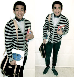 Lo Pascual ⚓ - Splash Fashions Bowtie, Shirt & Cardigan, Zara Bag - You Got the Bookworm!