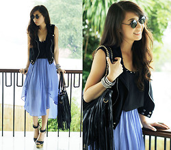 Kryz Uy - Tattle Tuesdays Top, Tattle Tuesdays Skirt, Myeverydayfashion Bag - Blue Belle