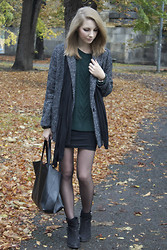 Pavlina J. - Mango Coat, Lindex Bodycon Skirt, Topshop Ankle Boots, Céline Bag, Pull & Bear Sweater - Autumn vibe