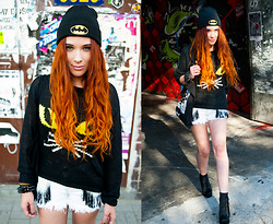 Kate Pe. - Have Mercy Apparel Batman Beanie, Unif Meow Sweater, Shorts, Jeffrey Campbell Lita Fur In Black, Bracelets, Bag - Catroulette!