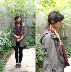 Jina L - American Apparel Circle Scarf, American Apparel High Waisted Black Skinnies, Forever 21 Olive Grey Anorak - Autumn Feeling
