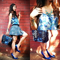 KIM NIEVES - Rustan's Floral Top, School Skirt, Vintage Bag, Heel Less Shoes, The Ramp Crossings Cuff, Scorpion Ring, Turquoise Necklace - School Blue Hues