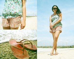 Lesly D. - New Look Floral Top, Divisoria Vertical Striped Shorts, Ipanema Orange Flip Flops - Here comes the sun