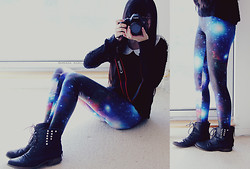 Amanda Mabel - Galaxy Leggings, Studded Boots, Canon 5d Mark Iii - Stars in My Eyes